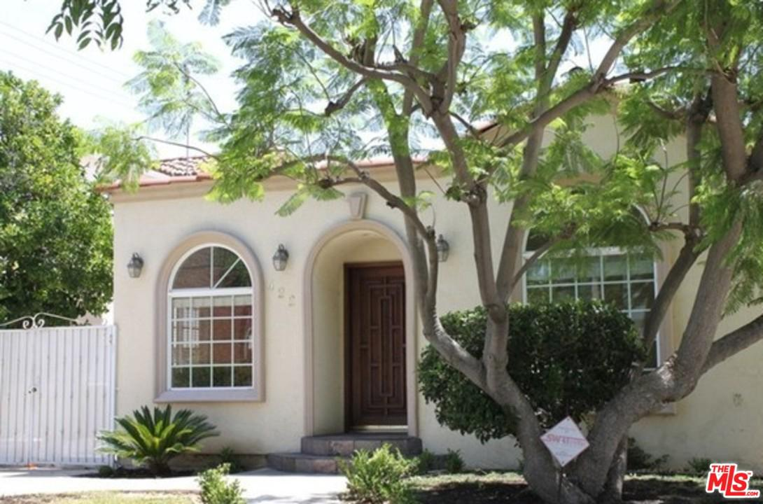 Photo of 422 South WETHERLY Drive, Beverly Hills, CA 90211