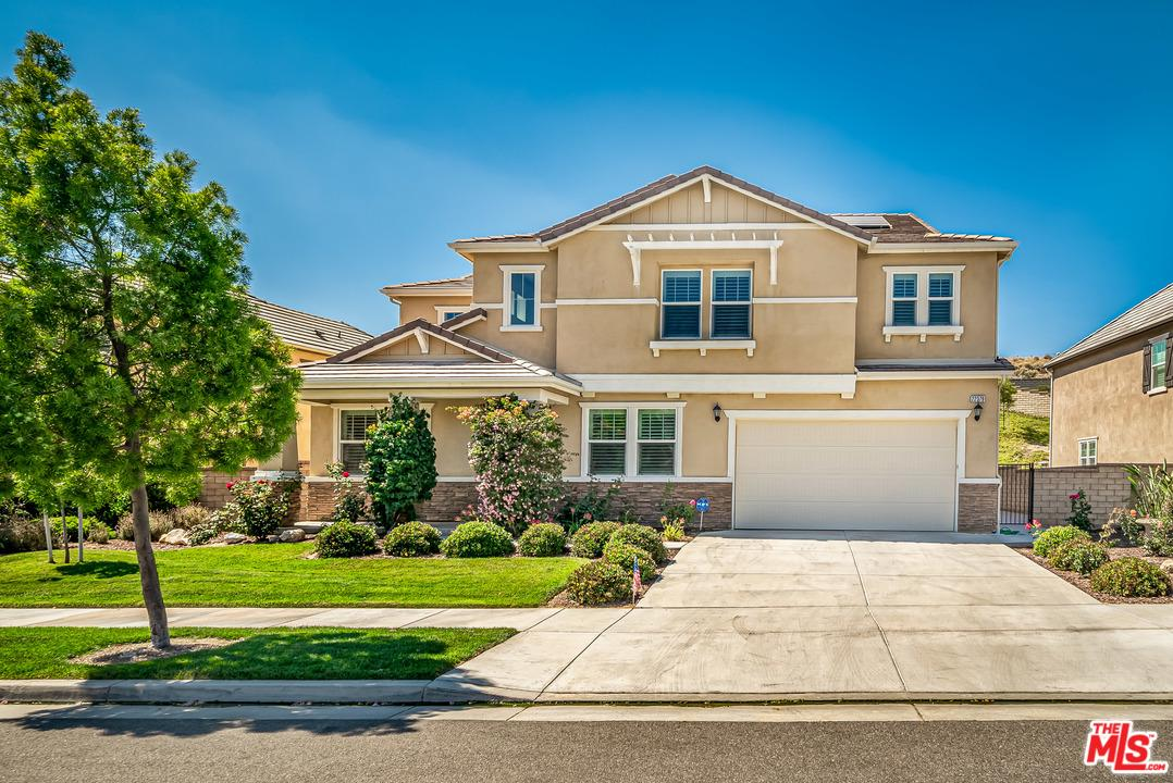 Photo of 22379 DRIFTWOOD Court, Saugus, CA 91350
