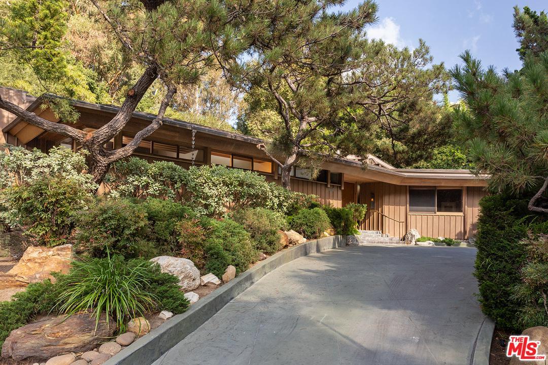 111 N GLENROY Avenue - Bel-Air / Holmby Hills, California