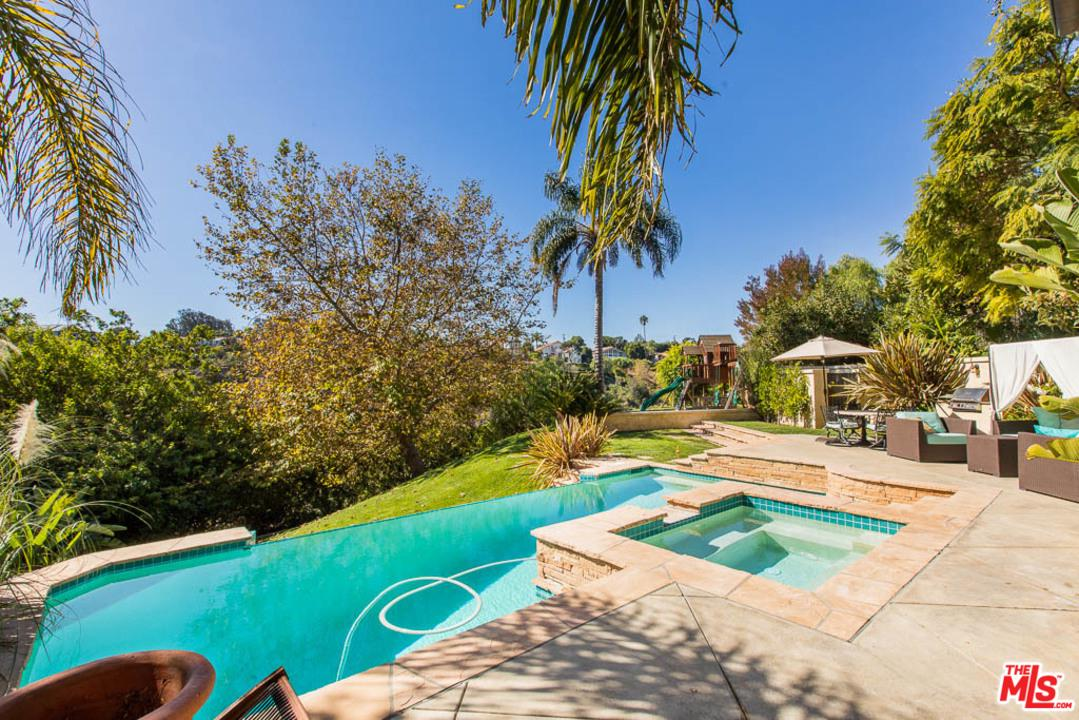 Photo of 6725 PORTSHEAD Road, Malibu, CA 90265