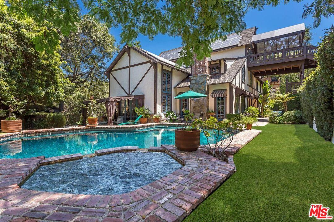 Photo of 4450 BALBOA Avenue, Encino, CA 91316