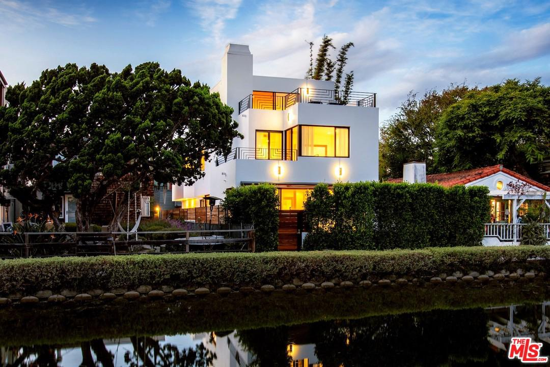 Photo of 429 SHERMAN CANAL, Venice, CA 90291