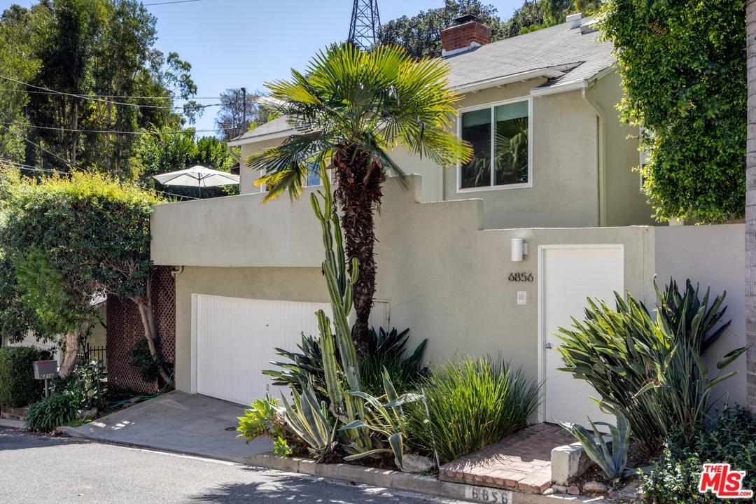 Photo of 6856 SUNNY Cove, Hollywood, CA 90068