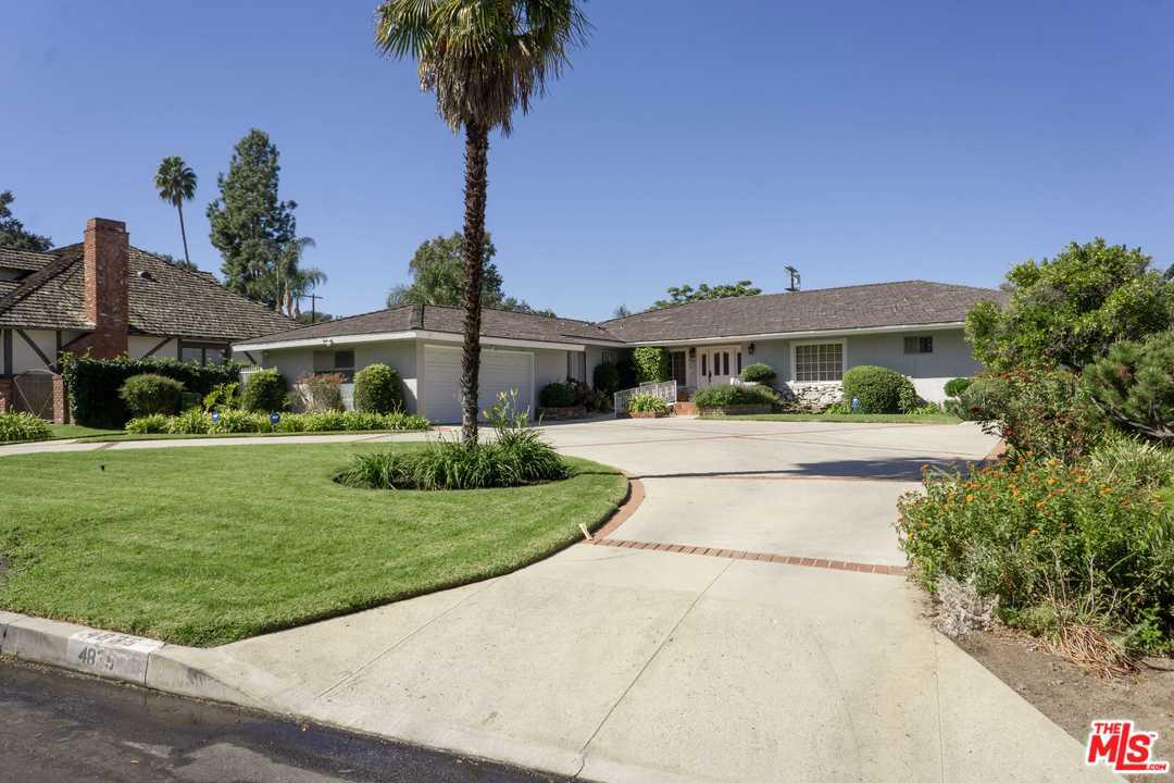 Photo of 4835 ANDASOL Avenue, Encino, CA 91316