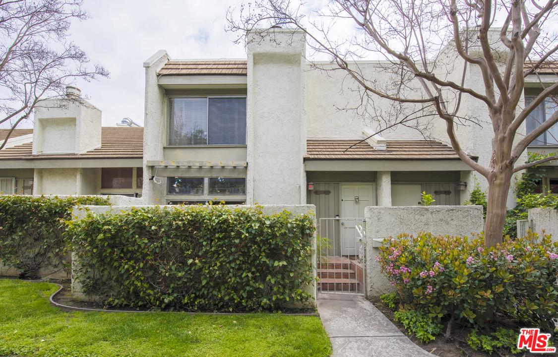 11738 MOORPARK Street, I - Studio City, California