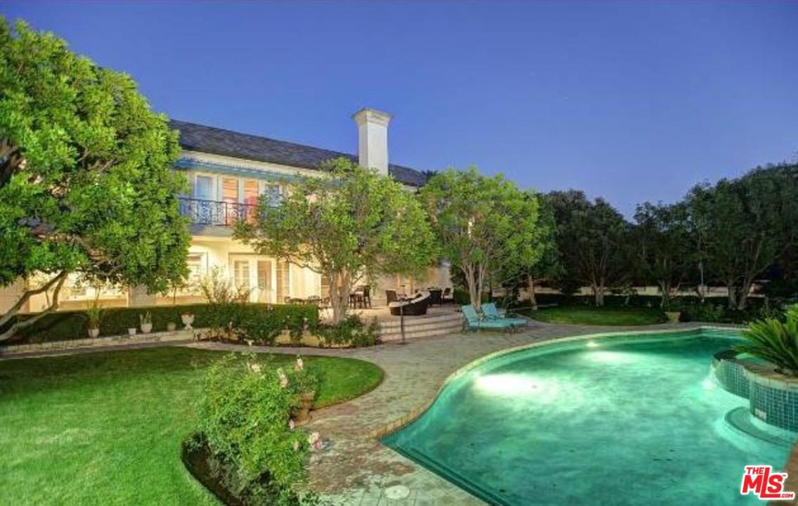 701 N Hillcrest Rd - Beverly Hills, California