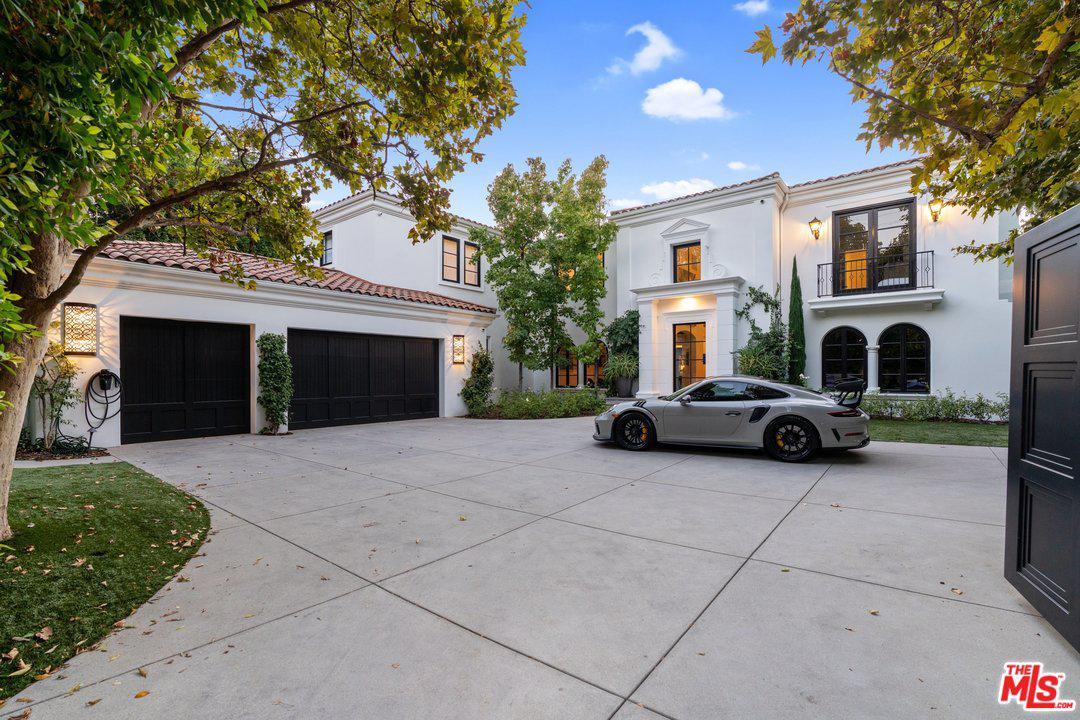 Photo of 4717 ENCINO Avenue, Encino, CA 91316