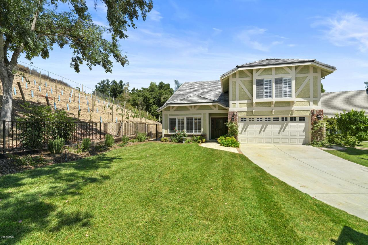 Photo of 404 MEDEA CREEK Lane, Oak Park, CA 91377