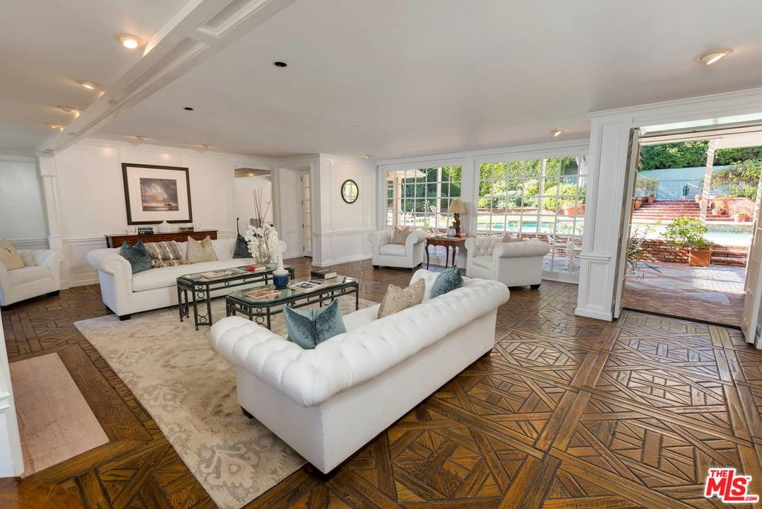 Photo of 1027 SUMMIT Drive, Beverly Hills, CA 90210