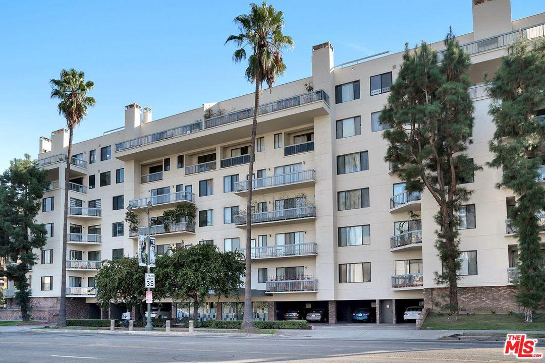 Photo of 4460 WILSHIRE Boulevard #406, Los Angeles, CA 90010
