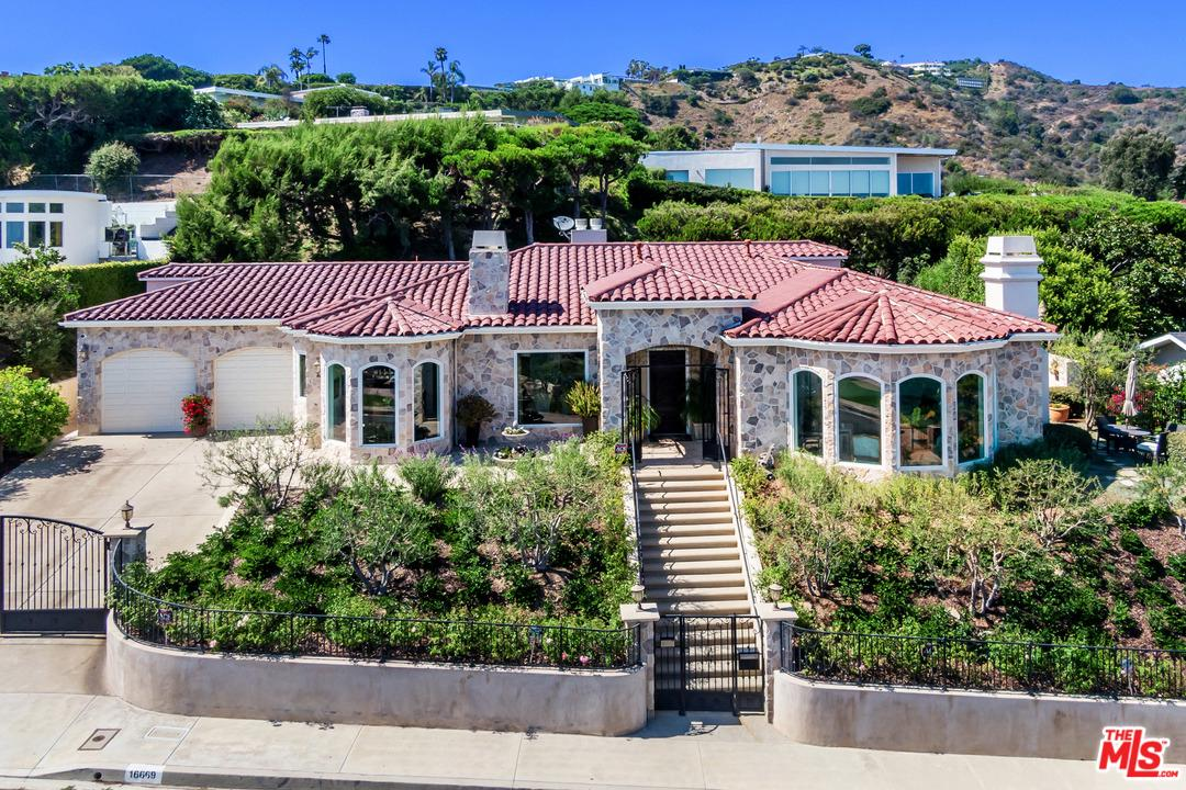 Photo of 16669 CHARMEL Lane, Pacific Palisades, CA 90272