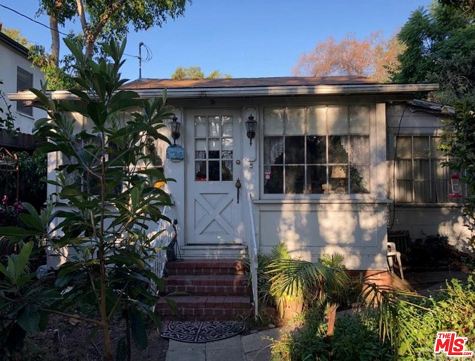 Photo of 1717 COURTNEY Avenue, Los Angeles, CA 90046