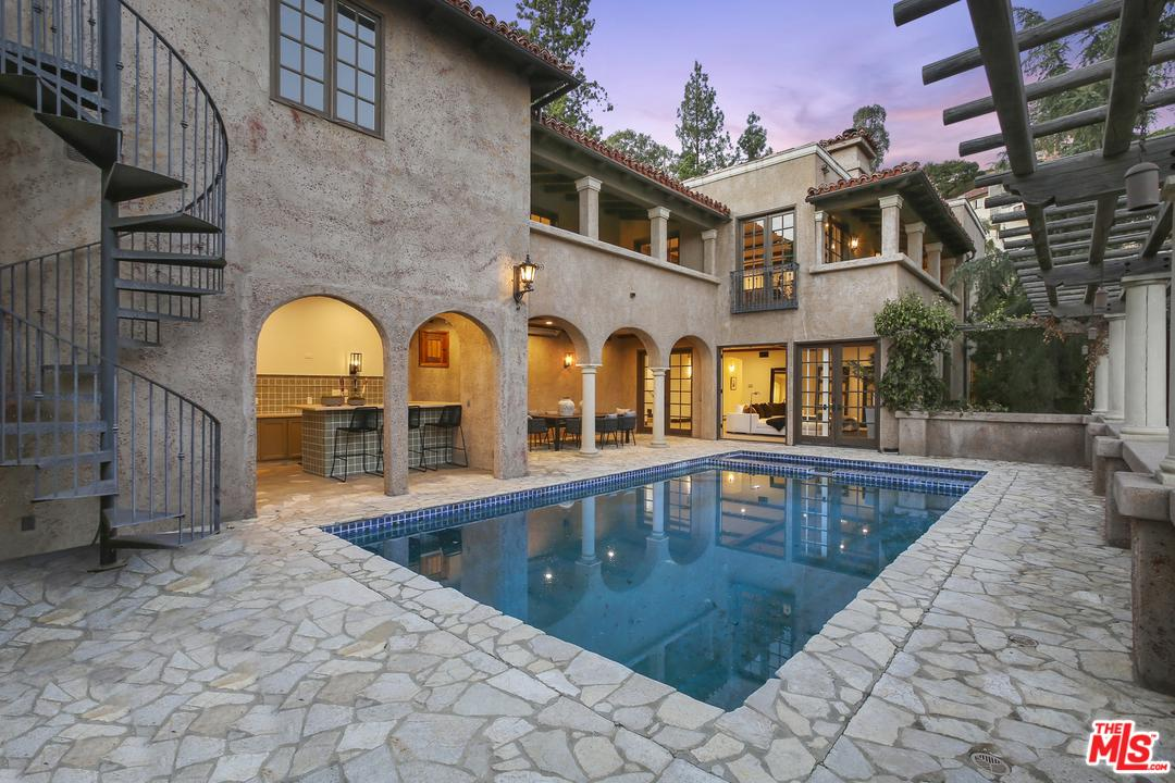 Photo of 1316 BEVERLY GROVE Place, Beverly Hills, CA 90210