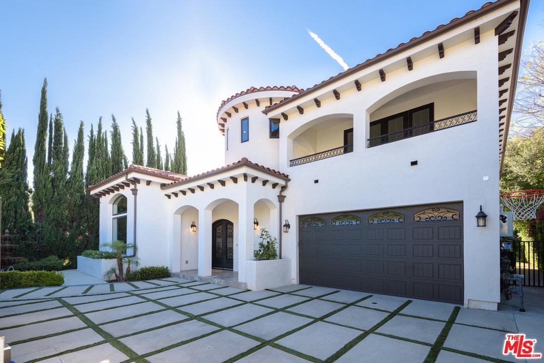 Photo of 4239 SEPULVEDA, Sherman Oaks, CA 91403