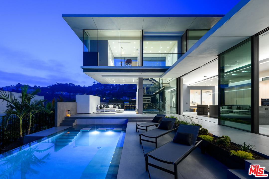 1807 BLUE HEIGHTS Drive - Sunset Strip / Hollywood Hills West, California