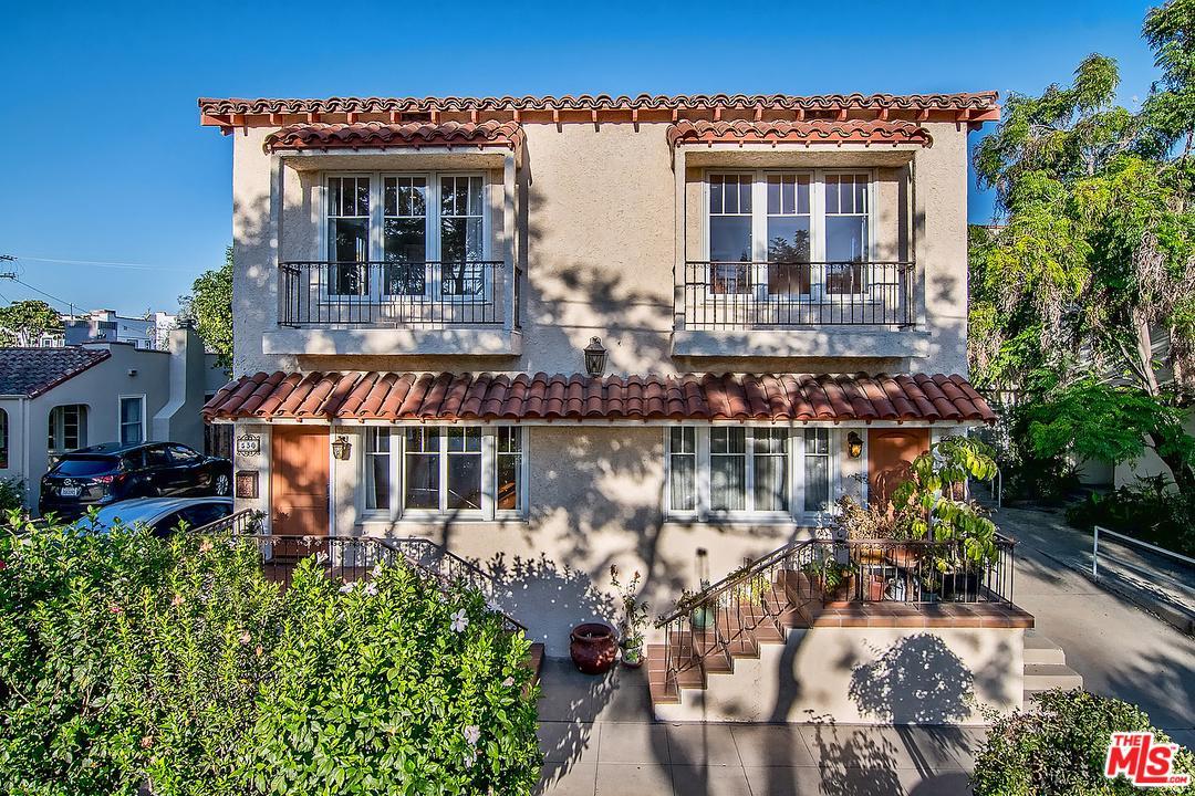 Photo of 530 North BRONSON Avenue, Los Angeles, CA 90004