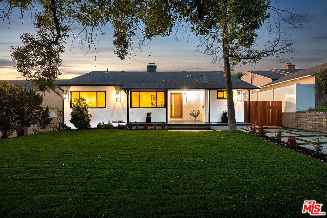 Photo of 637 GROTON Drive, Burbank, CA 91504