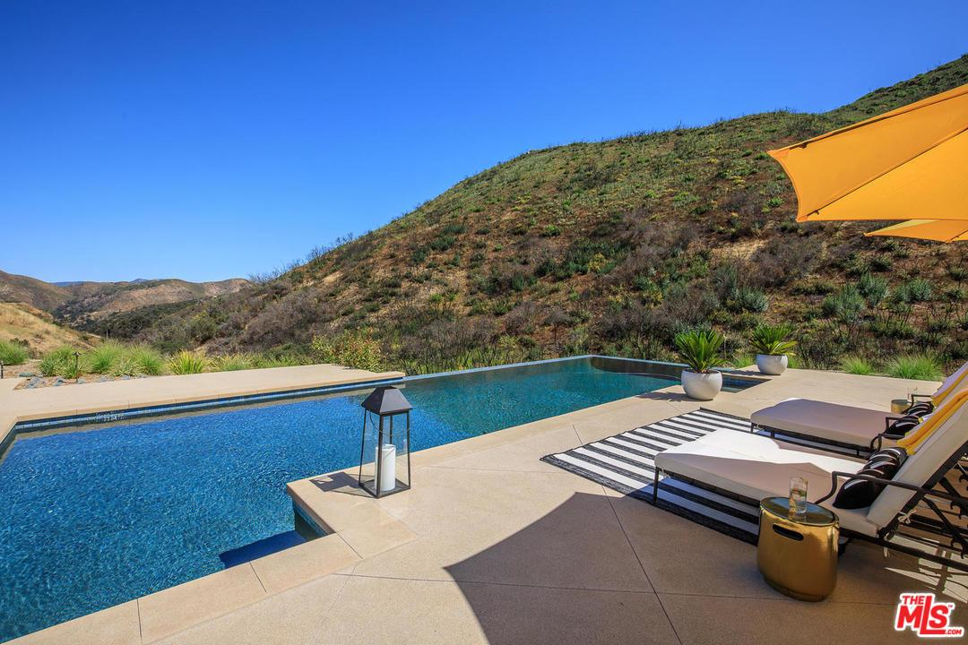 Photo of 29412 MALIBU VIEW Court, Agoura Hills, CA 91301
