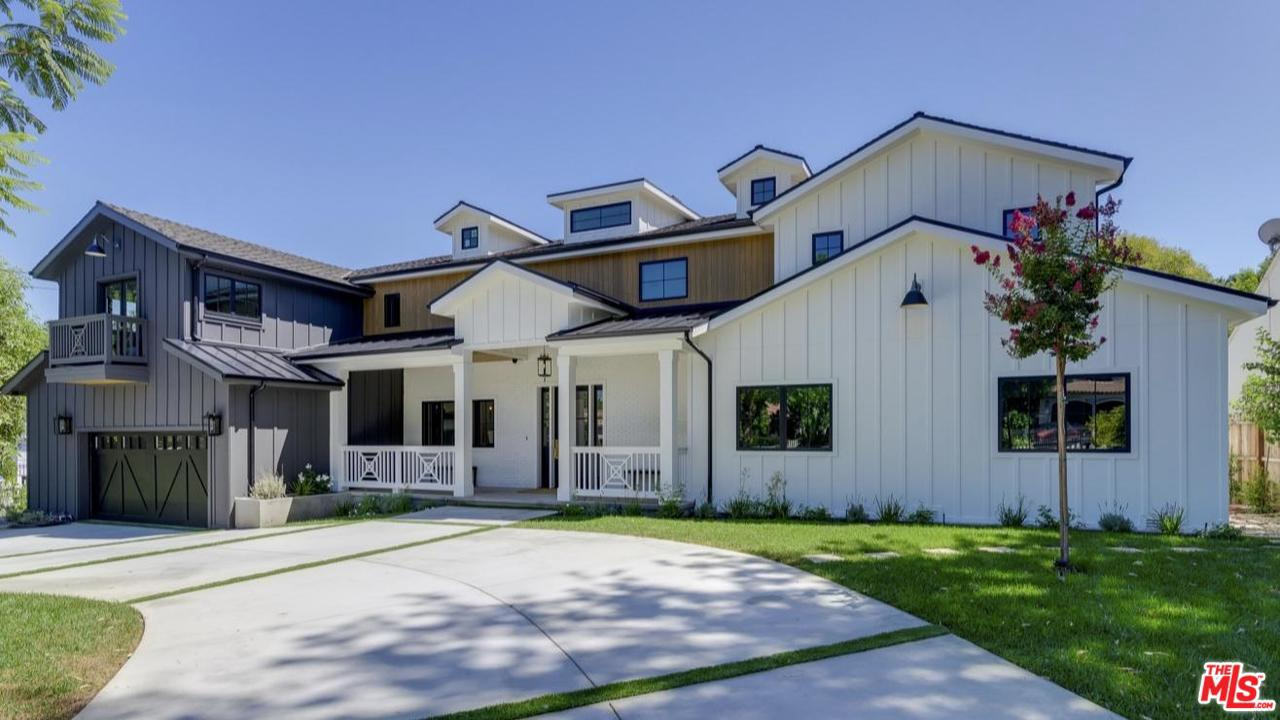 Photo of 4410 DENSMORE Avenue, Encino, CA 91436