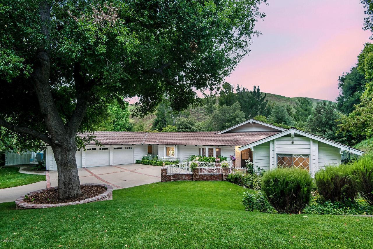 Photo of 4011 SKELTON CANYON Circle, Westlake Village, CA 91362