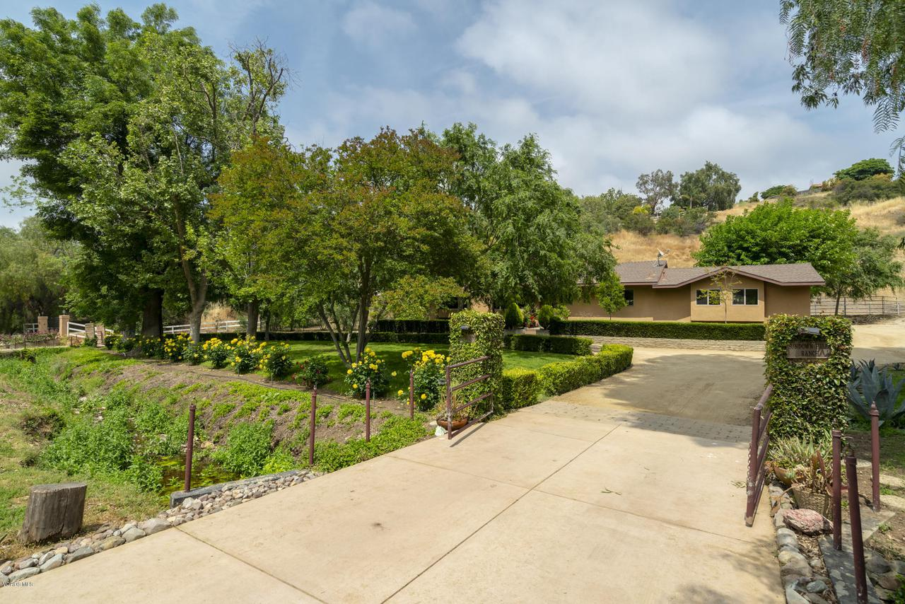 Photo of 202 SUNDOWN Road, Thousand Oaks, CA 91361
