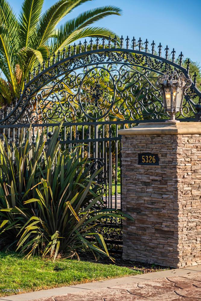 Photo of 5326 CALAROSA RANCH Road, Camarillo, CA 93012
