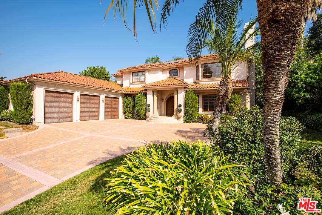 Photo of 5340 CORBIN Avenue, Tarzana, CA 91356
