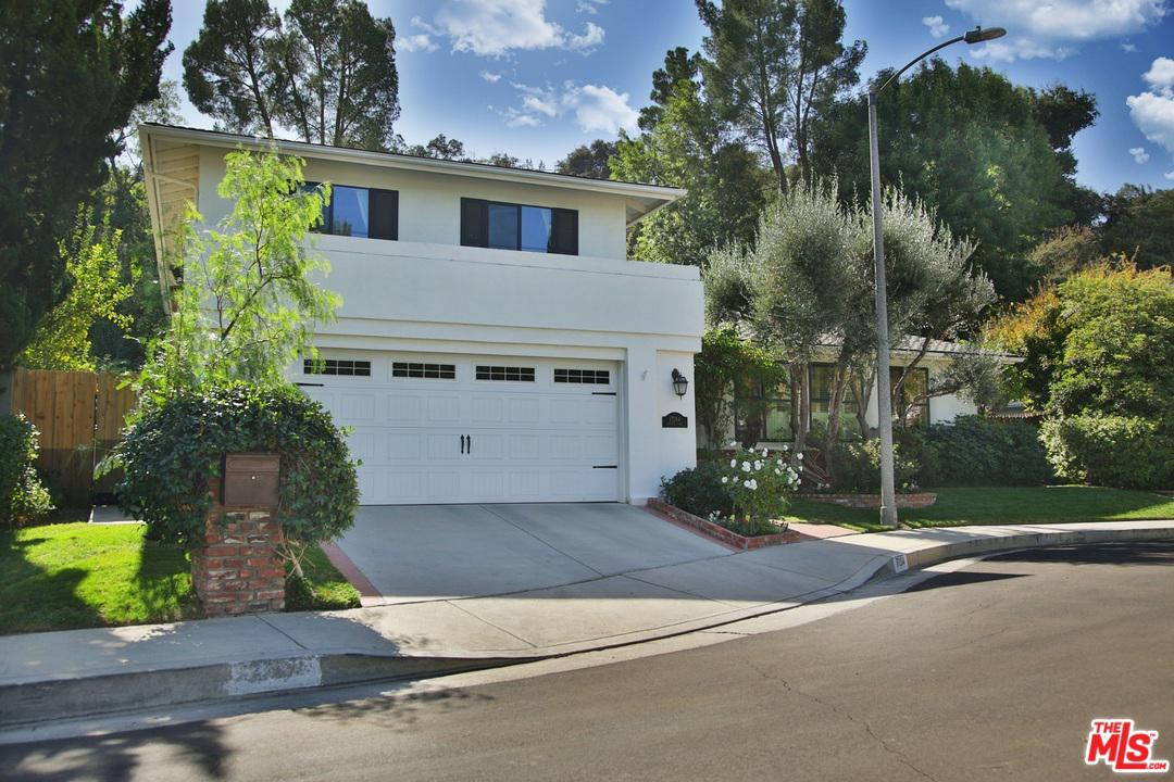 Photo of 17264 LUVERNE Place, Encino, CA 91316