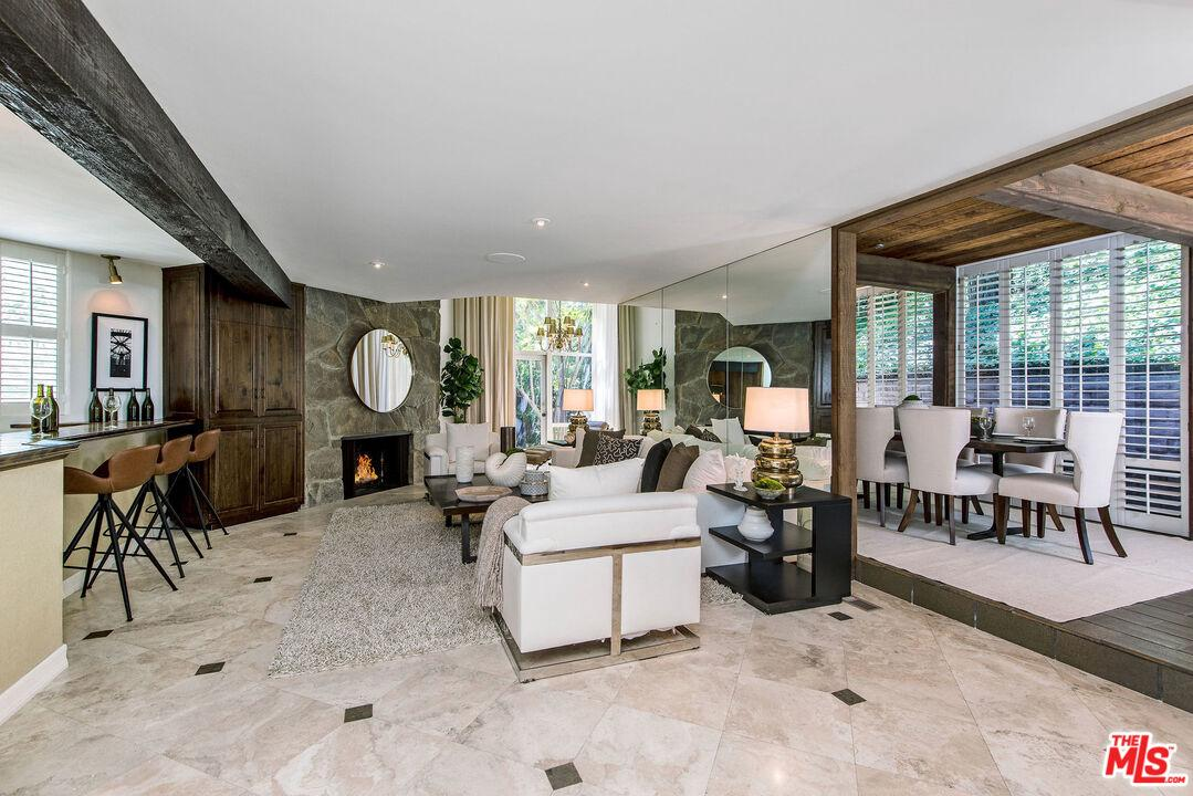 Photo of 1905 North BEVERLY Drive, Beverly Hills, CA 90210