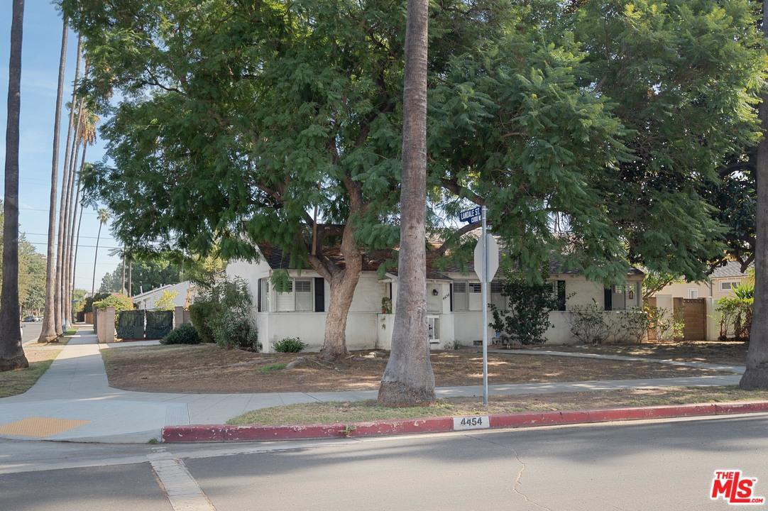 4454 ATOLL Avenue - Sherman Oaks, California