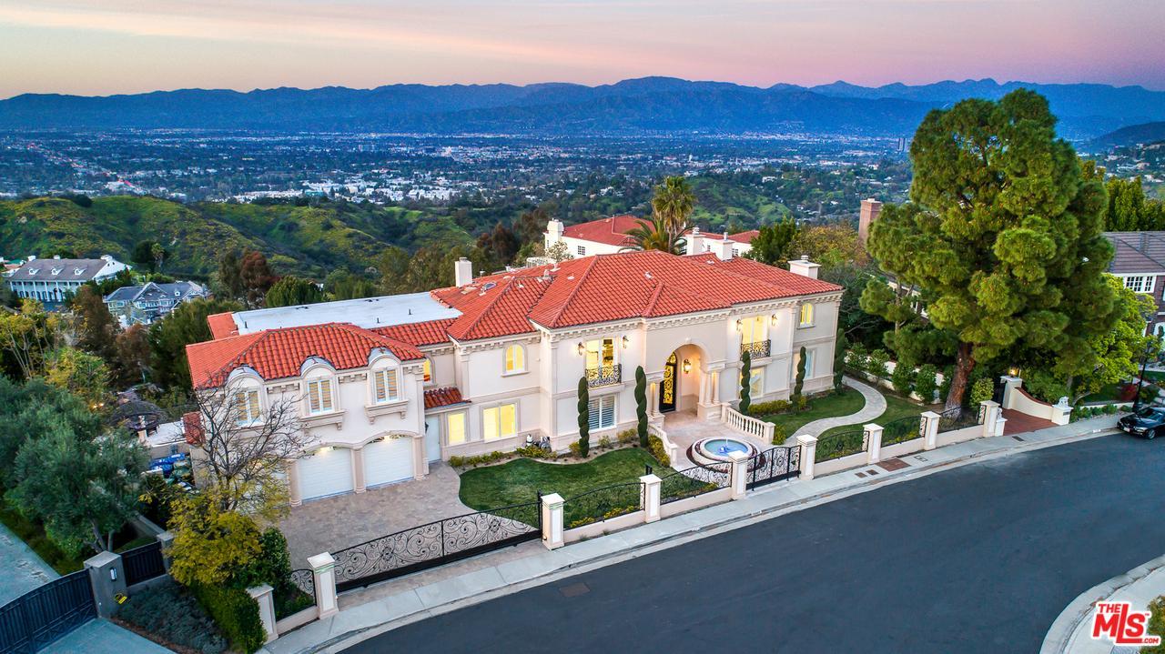 Photo of 12063 CREST Court, Beverly Hills, CA 90210