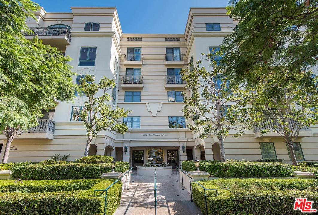 Photo of 430 North OAKHURST Drive #306, Beverly Hills, CA 90210