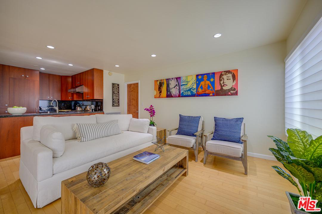 Photo of 16 QUARTERDECK Street #101, Marina Del Rey, CA 90292