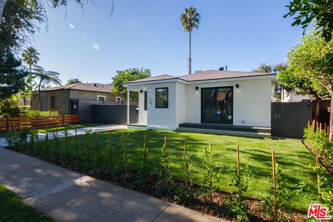 Photo of 4219 BERRYMAN Avenue, Culver City, CA 90066
