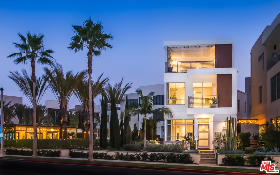 Photo of 12694 MILLENNIUM Drive, Playa Vista, CA 90094