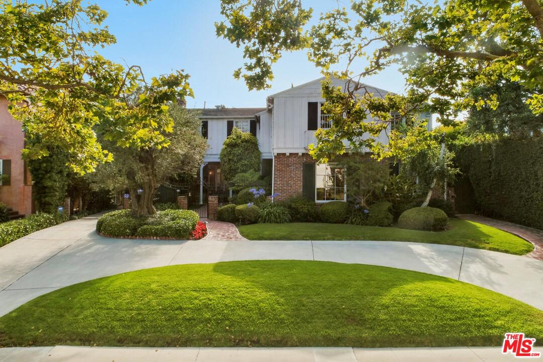 Photo of 237 South MCCADDEN Place, Los Angeles, CA 90004