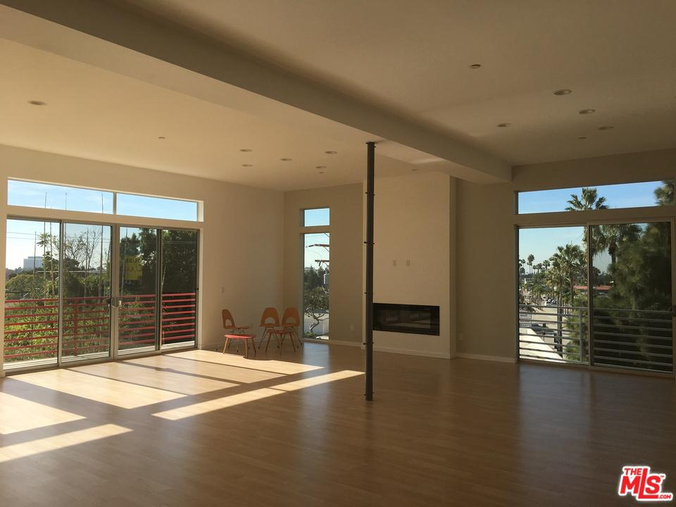 Photo of 12712 West WASHINGTON Boulevard #PH, Culver City, CA 90066