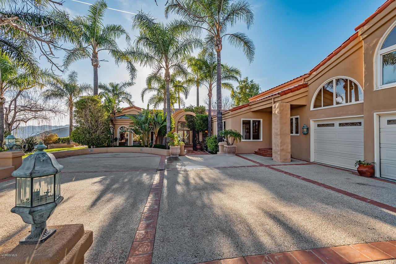 Photo of 4714 SUNNYHILL Street, Westlake Village, CA 91362