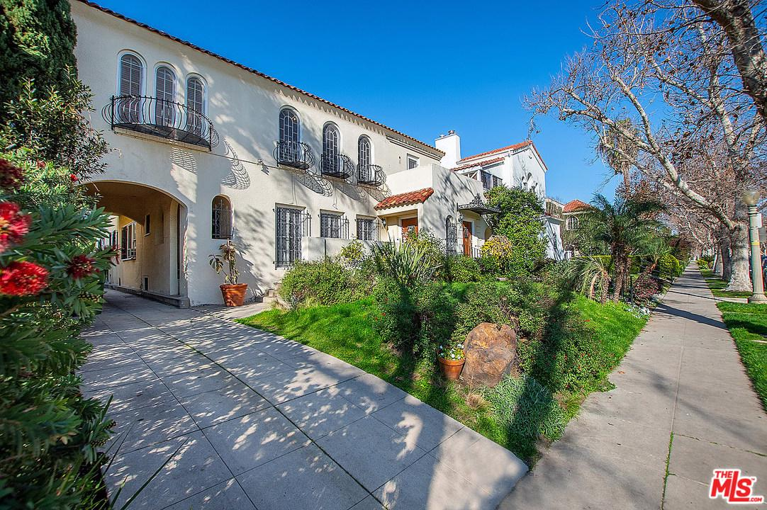 Photo of 143 South MANSFIELD Avenue, Los Angeles, CA 90036