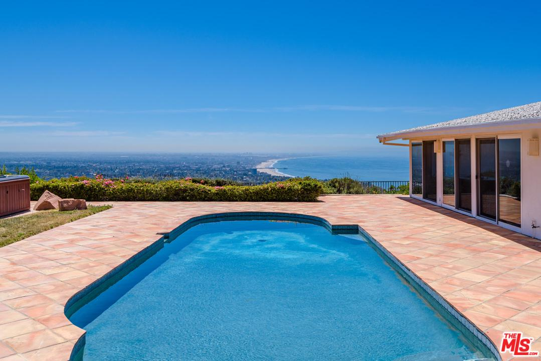 1354 LACHMAN Lane - Pacific Palisades, California