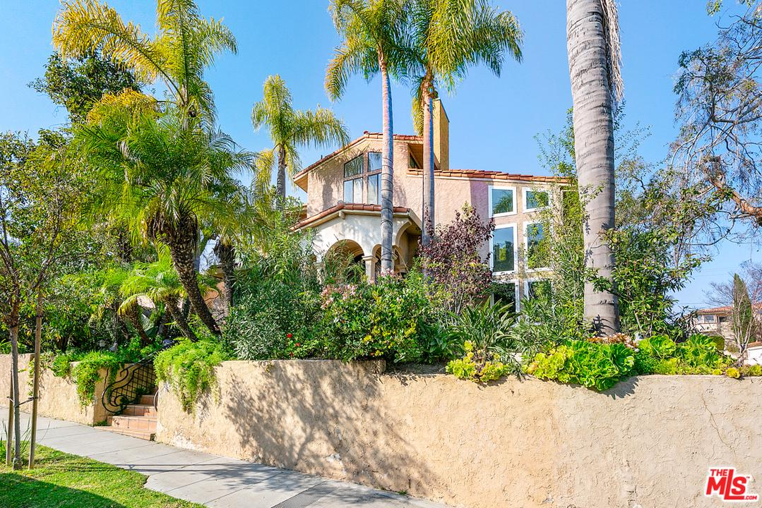 Photo of 2223 MARINE Street, Santa Monica, CA 90405