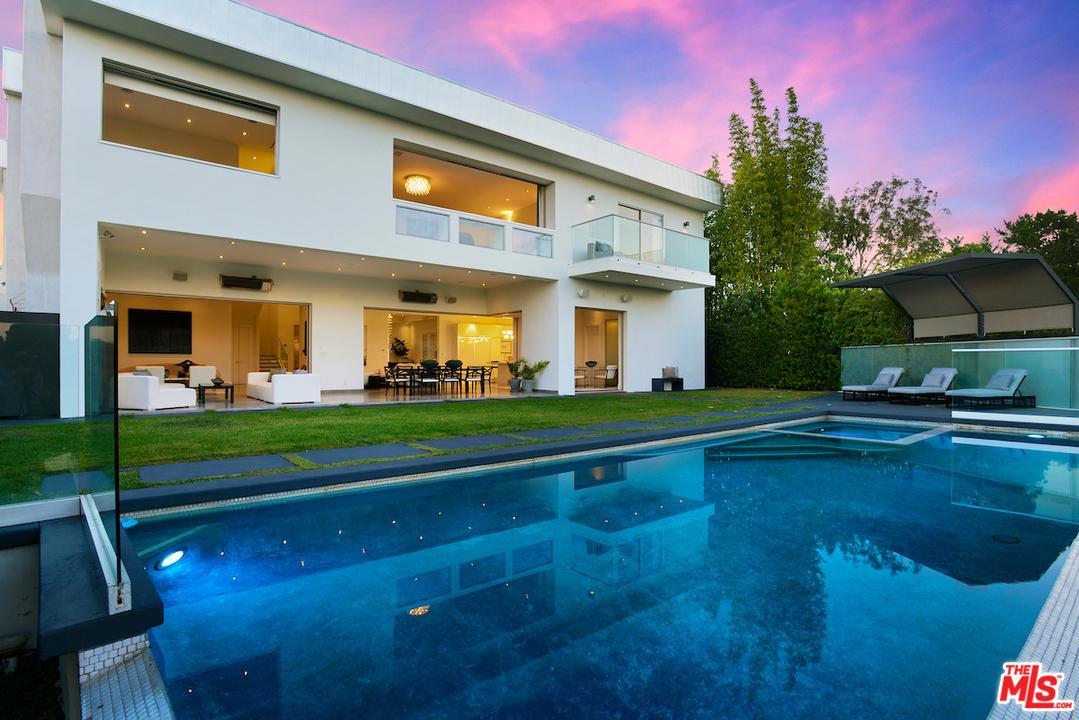 9648 HIGHRIDGE, Beverly Hills, CA 90210