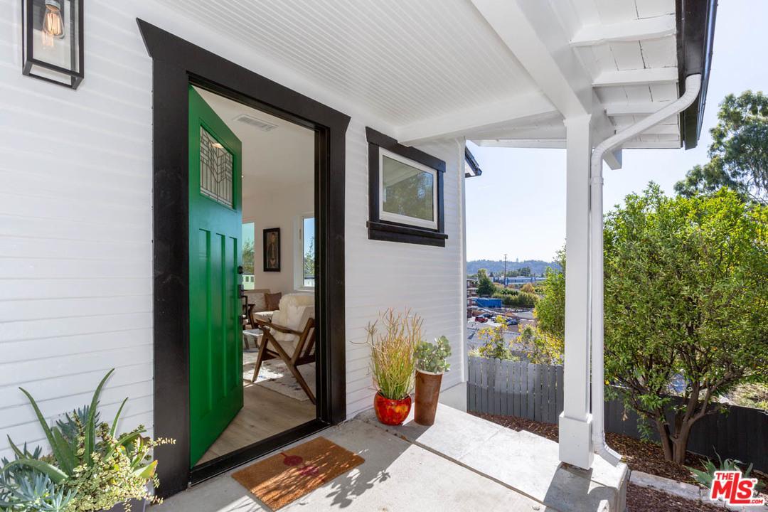 3134 WELDON, Los Angeles (City), CA 90065