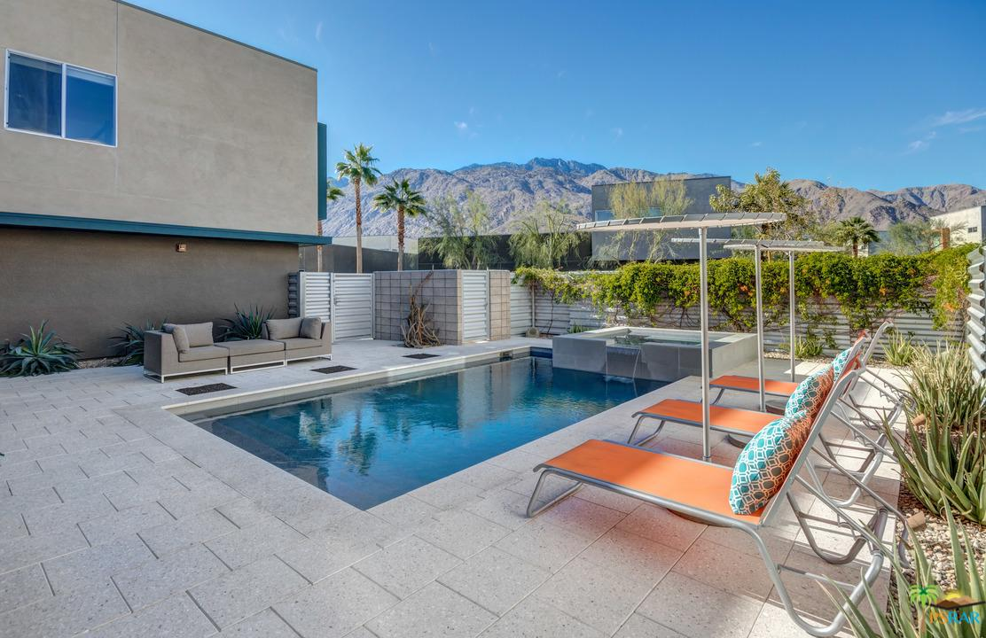 444 CHELSEA, Palm Springs, CA 92262