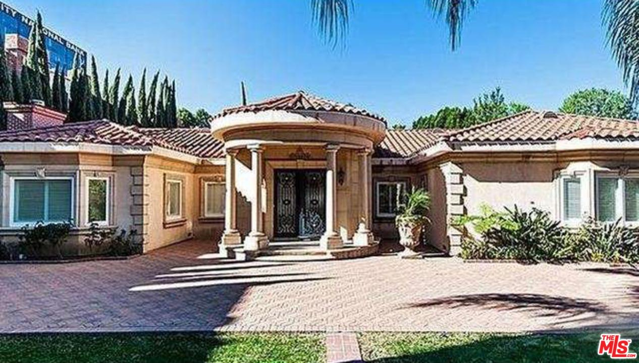Photo of 4815 WOODLEY AVE, Encino, CA 91436
