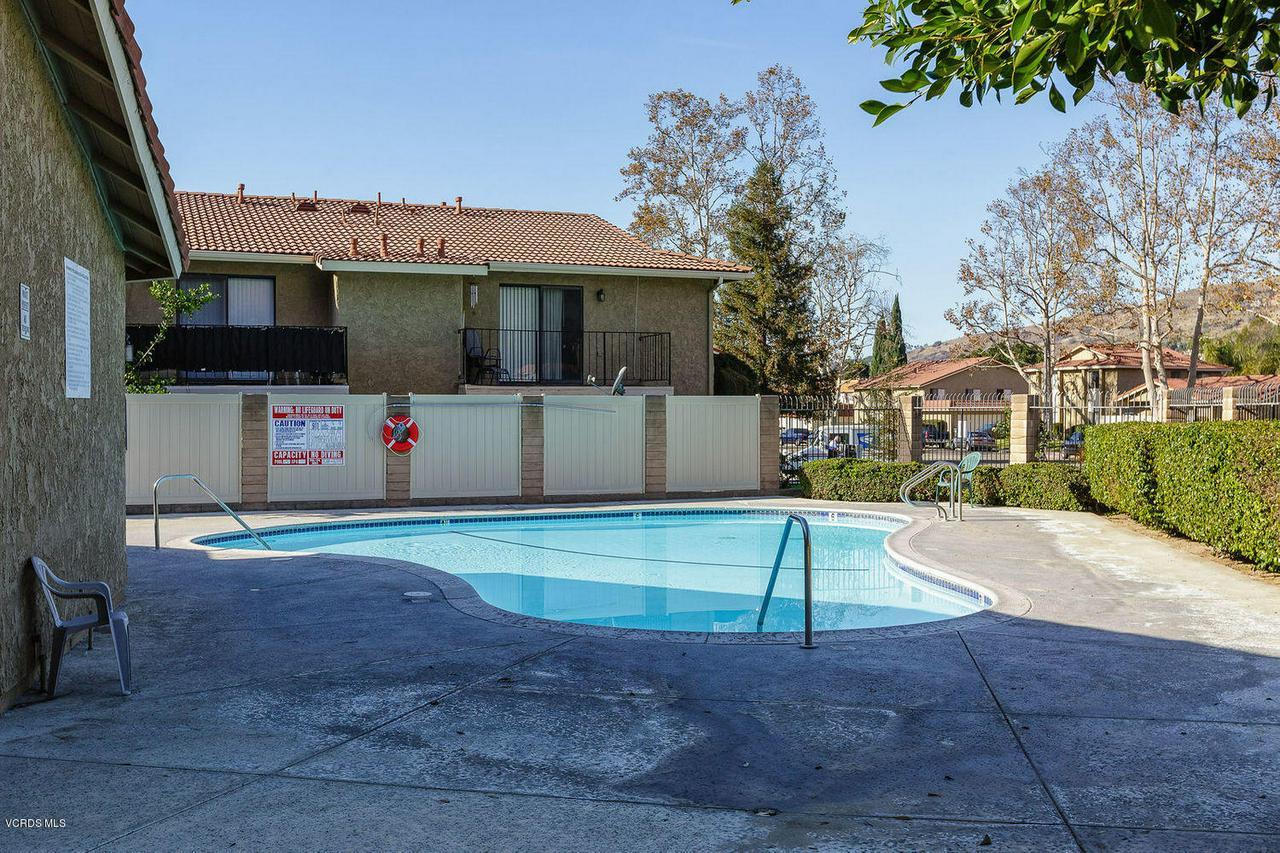 318 SANTA BARBARA, Santa Paula, CA 93060 - 018_18_pool