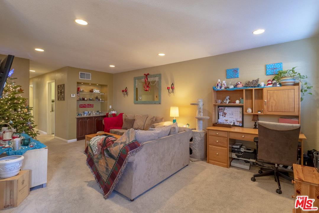 Photo of 5324 LAKE LINDERO DR, Agoura Hills, CA 91301