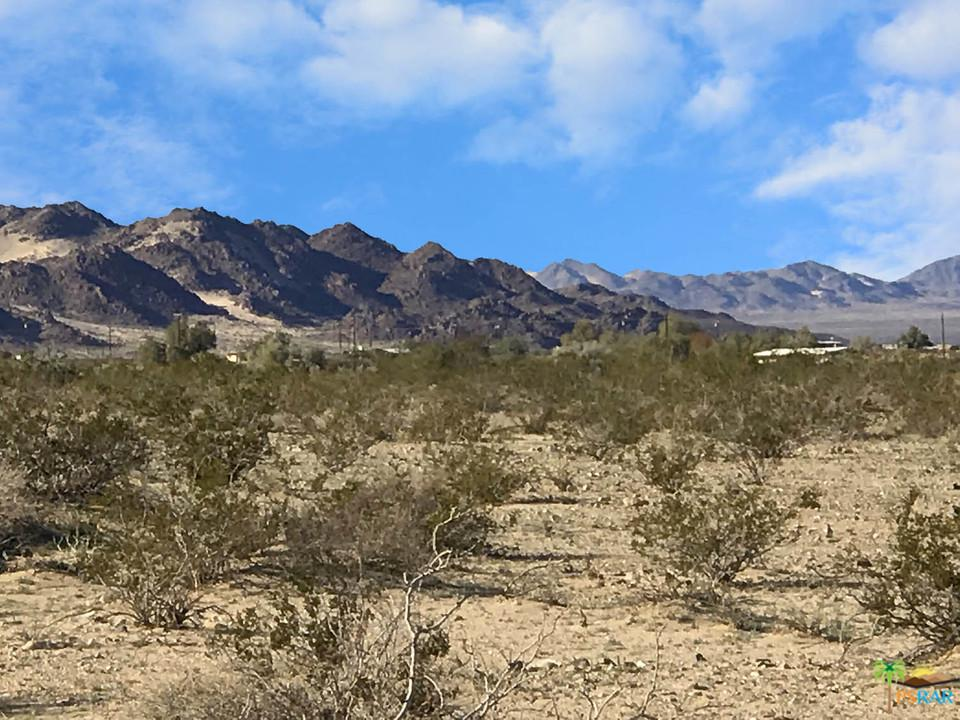 0 BARBARA, 29 Palms, CA 92277