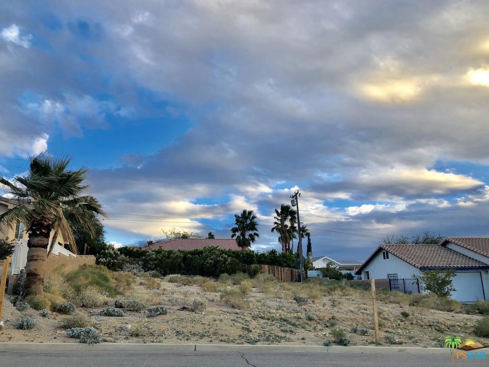0 VALPARAISO, Desert Hot Springs, CA 92240