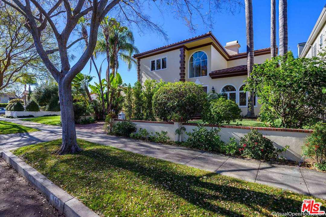 313 ALMONT, Beverly Hills, CA 90211